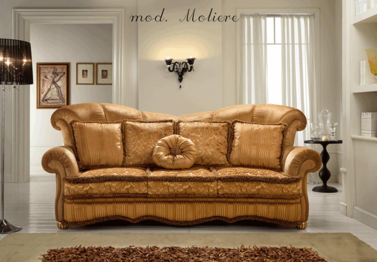 Mobili in legno massello per soggiorni classici